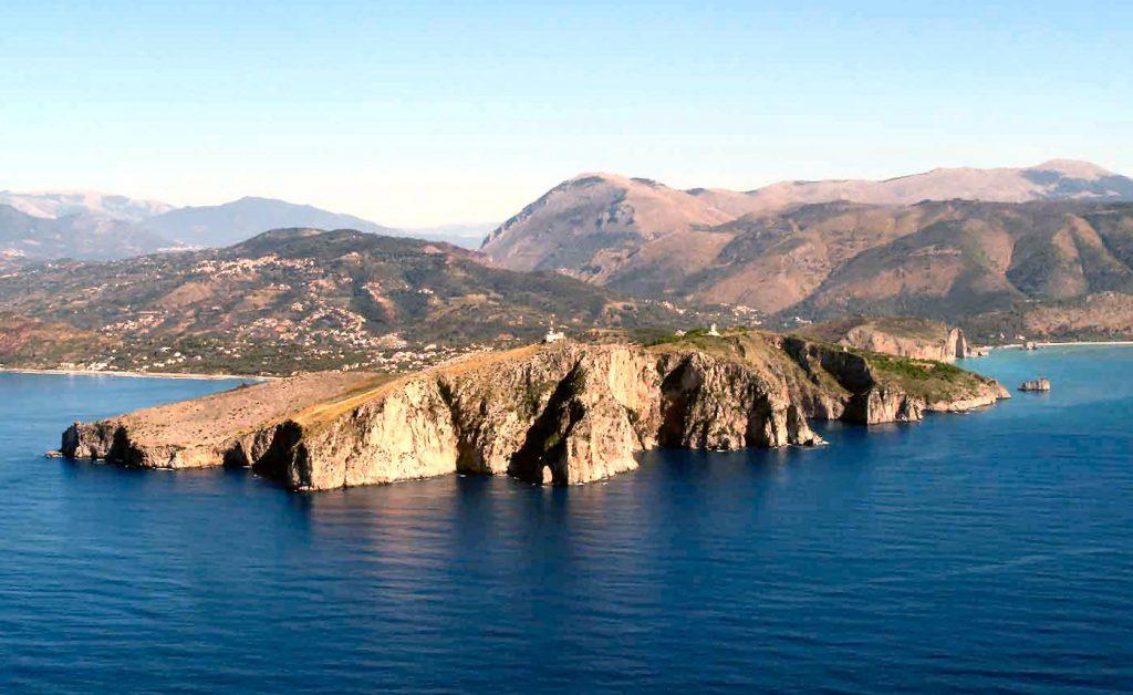 Palinuro, presentazione nuova guida flora e habitat di Giovanni Cammarano – 3 luglio 21