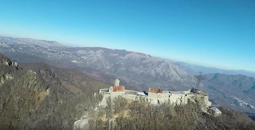 Sacro Monte di Novi Velia pellegrinaggio invernale nei cieli della Madonna di don Olgierd Nyc – video