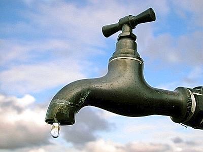 acqua rubinetto - Siccita', invito a dotarsi di serbatoi idrici