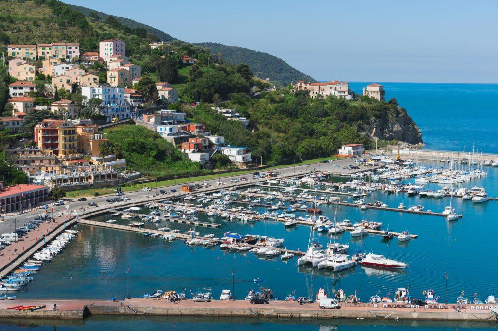 porto agropoli 1024x682 - Agropoli, esonero del canone unico e proroga automatica delle concessioni di suolo pubblico