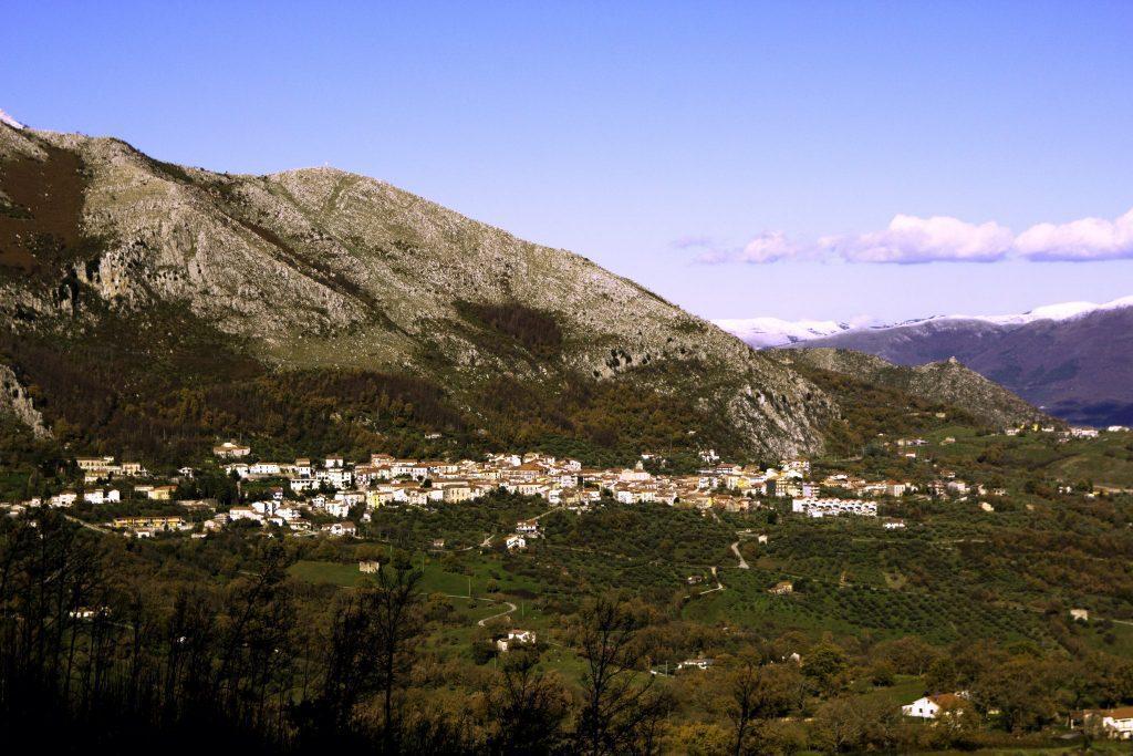 San Rufo Panorama 1024x683 - San Rufo, scuola chiusa per sanificazione