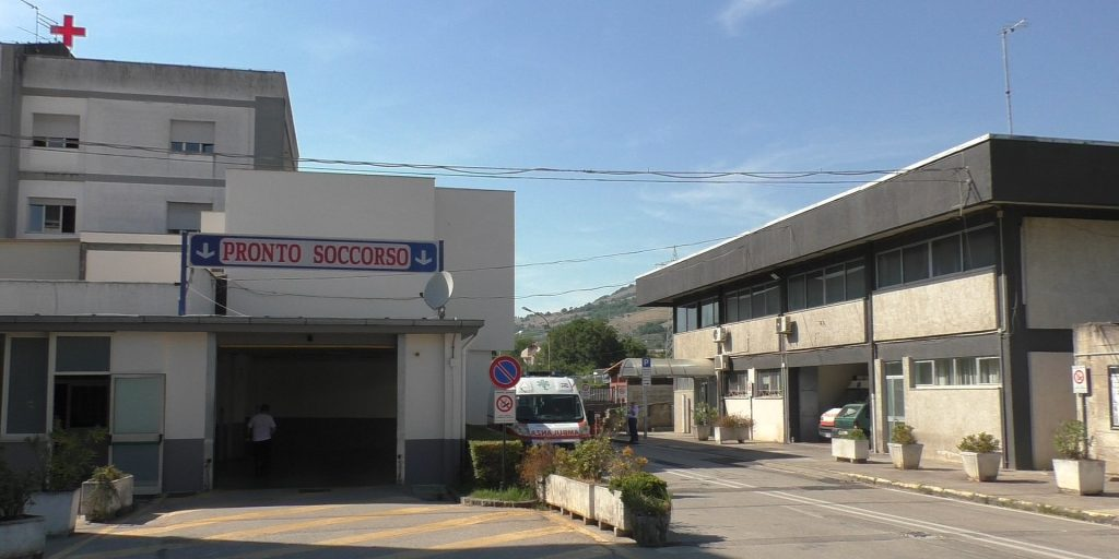 Ospedale di Polla, muore una 71enne di Sassano