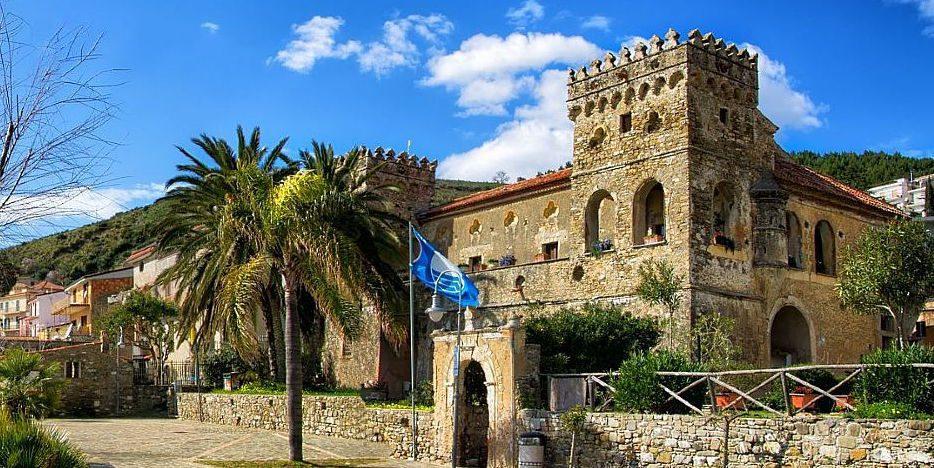 Più bandiere blu quest'anno, Liguria e Campania al top