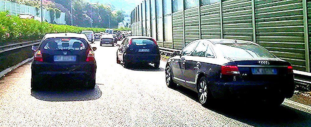 traffico - Nuovo decreto Covid, stop spostamenti tra Regioni fino al 27/3