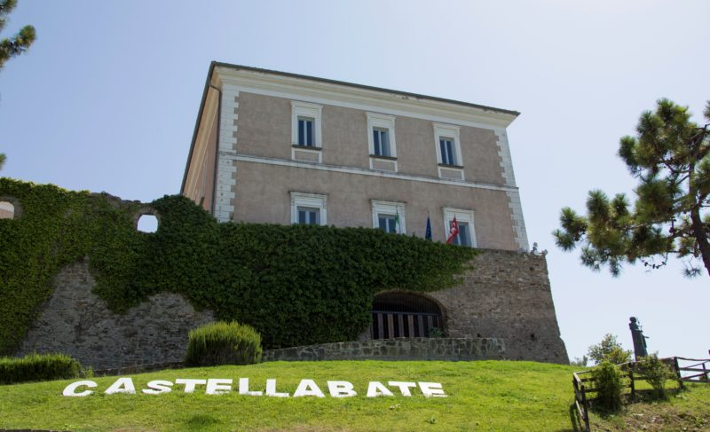CASTELLO DELLABATE CASTELLABATE BORGO e1526476137106 - Castellabate chiude scuola per sanificazione