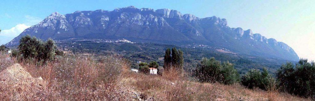palburni1 1024x329 - L'area carsica del massiccio degli Alburni - in grotta (video)