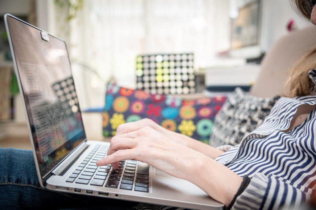 Smart working, verso proroga anche per privati