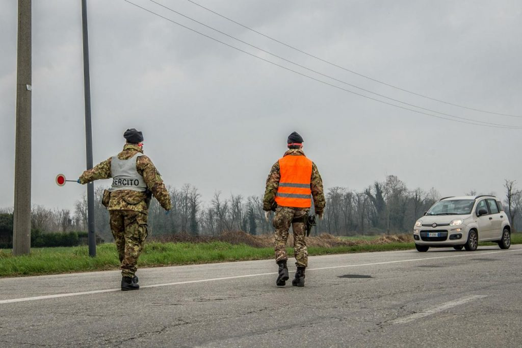 zona rossa esercito 1 fg 1024x682 - DPCM Draghi, cosa e' previsto per la zona rossa