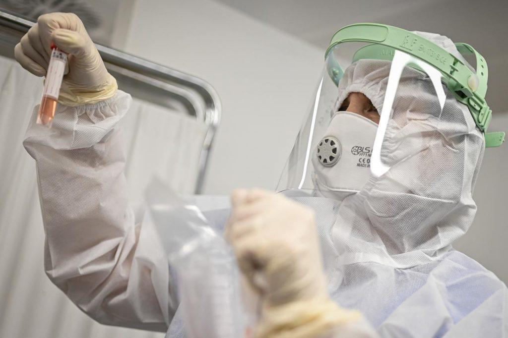 Covid in Italia, 15.943 contagi e 428 morti – Situazione in Campania (16/4/21)