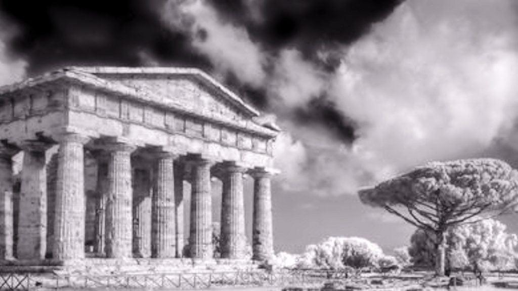 Paestum, inaugurazione della mostra fotografica di Marco Divitini