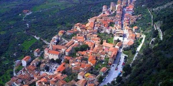 jpg - Ottati, operazioni di bonifica  sul sito archeologico di Colle Civita