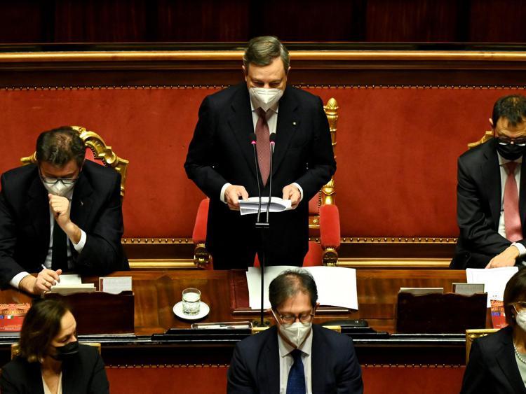 """draghi senato3 afp - Recovery, Camera approva piano. Draghi: """"Rispetto per Parlamento"""" - video"""