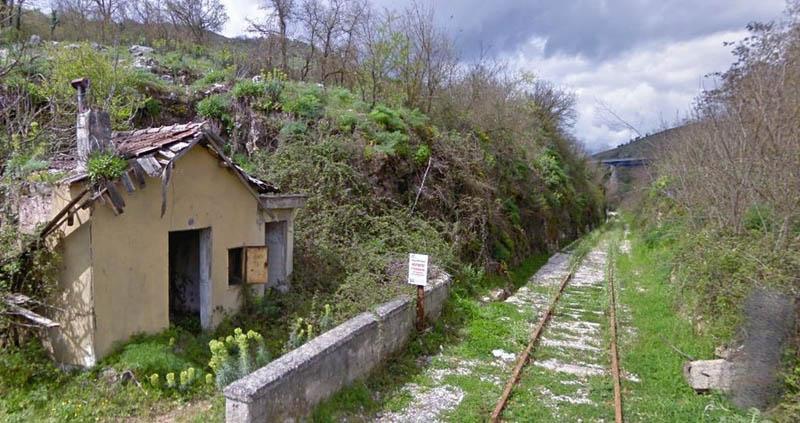 """Stazione polla - Cammarano (M5S): """"Dopo alta velocità SA-RC riparta la Sicignano-Lagonegro"""""""