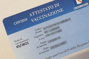 ORDINANZA N.17 DEL 6 MAGGIO 2021: I VANTAGGI DELLA CARD VACCINALE