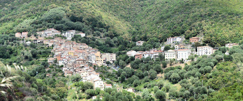 E' festa a Rodio, frazione di Pisciotta – Il Santuario di S. Agnello a 360°