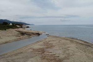 Con il drone alla foce dell'Alento – video