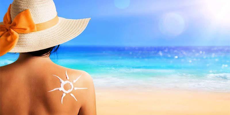 Dopo il vaccino si può prendere il sole? Cosa dicono i medici
