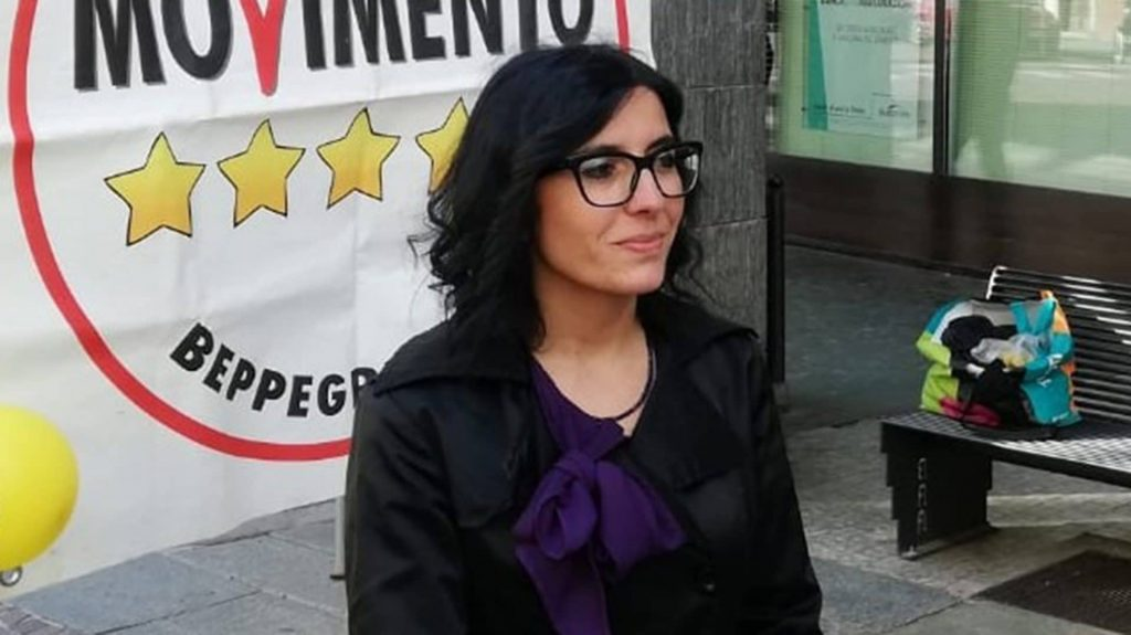 Sala Consilina, visita lampo della Ministra per le Politiche Giovanili Fabiana Dadone