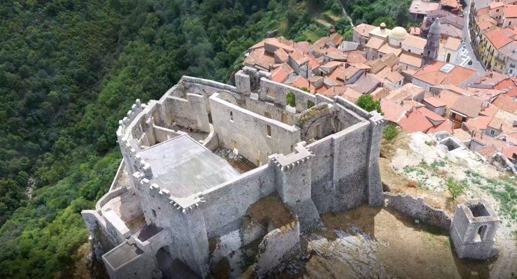 sici5 1024x554 - Sicignano degli Alburni, il Castello Giusso