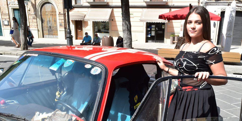 Vallo, casting e raduno auto d'epoca per il film Crisalide – incontriamo Giusy Sansone (video)