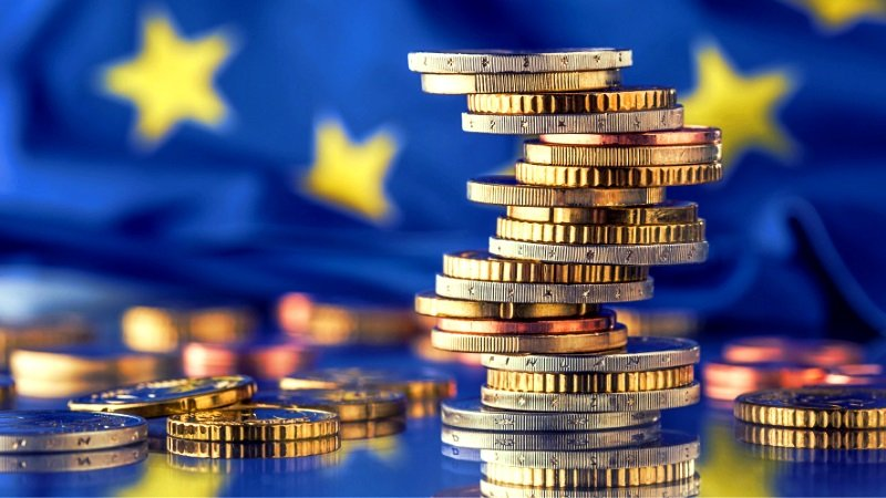 COMMISSIONE EUROPEA PRONTA AD EMETTERE 250 MILIARDI DI EURO DI OBBLIGAZIONI VERDI NEXTGENERATIONEU